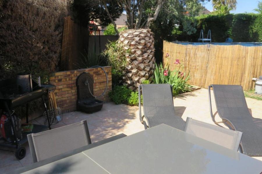 Location vacances Fréjus -  Gite - 6 personnes - Barbecue - Photo N° 1
