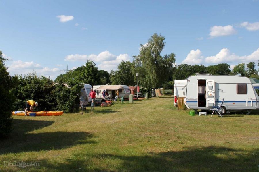 Camping-Paradies Grüner Jäger, 99 emplacements