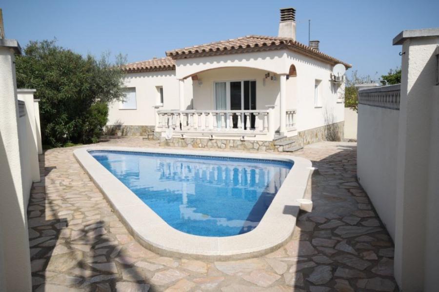 Maison avec piscine et WIFI