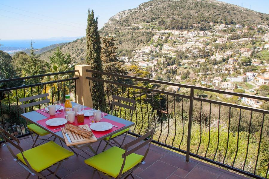 Balcon - terrasse, avec vue mer et montagne