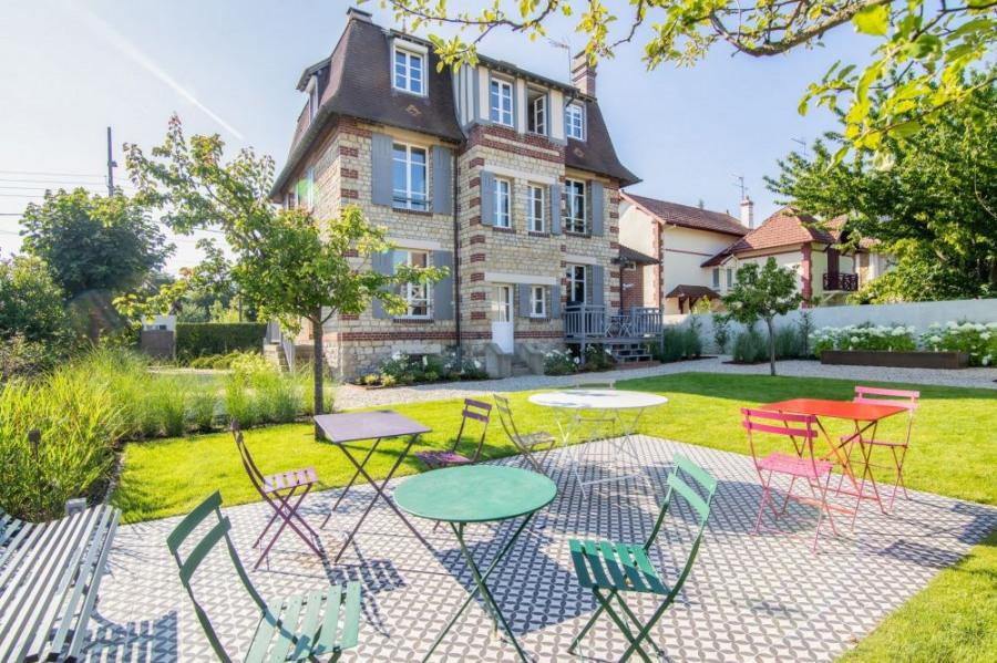 squarebreak, Belle villa normande à proximité de Deauville
