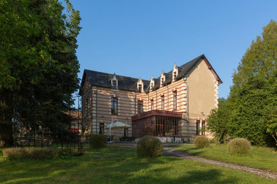Villa vue sur Château privé,Parc 100 Hectares