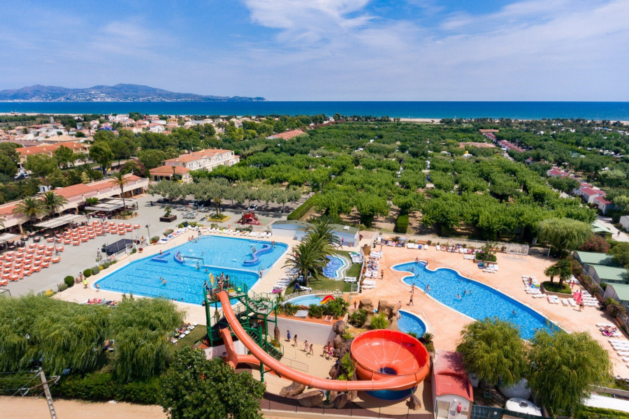 Location vacances Sant Pere Pescador -  Insolite - 20 personnes - Court de tennis - Photo N° 1