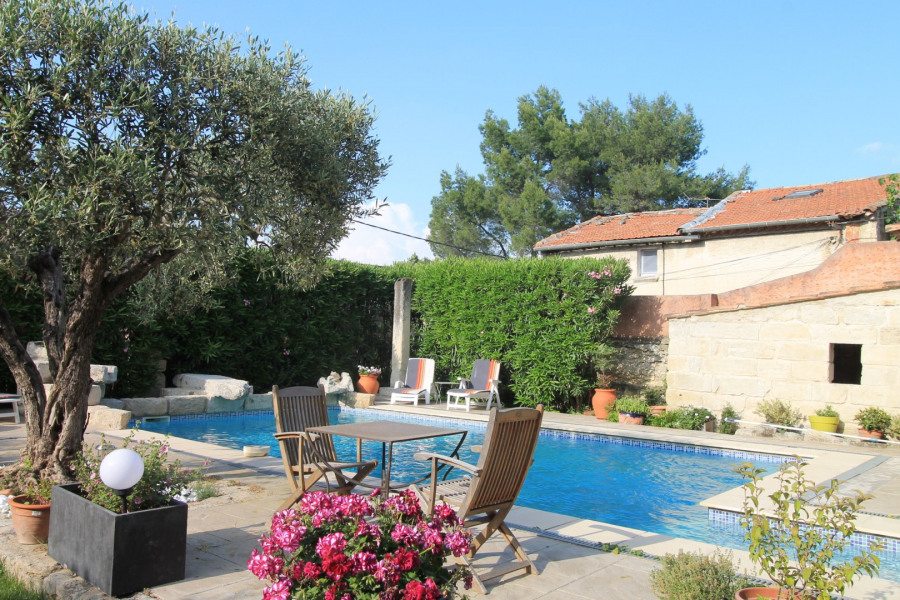 Holiday rentals Barbentane - House - 6 persons - BBQ - Photo N° 1