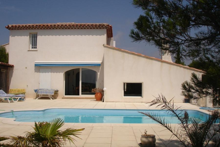 Villa climatisée avec piscine et vue mer