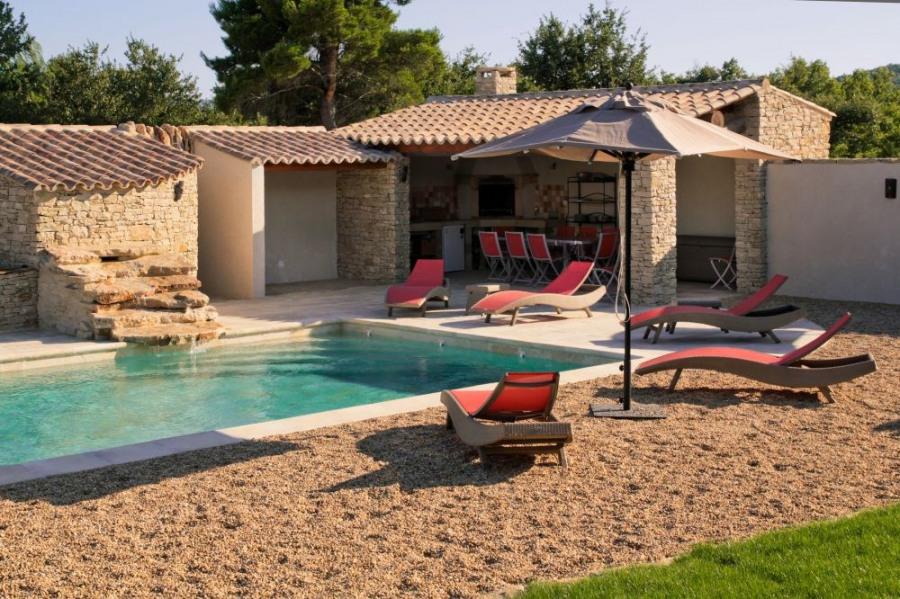 Mas Pitchoun avec piscine privée chauffée et barbecue au charbon de bois