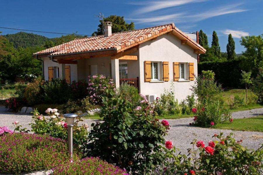 Gîte de l'Ouvèze - Situé à 300 m de la rivière, entre Privas et Le Pouzin (sortie autoroute 10 mi...