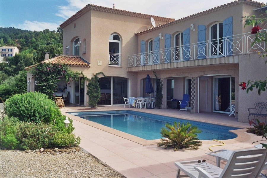 Location vacances Rayol-Canadel-sur-Mer -  Appartement - 6 personnes - Barbecue - Photo N° 1