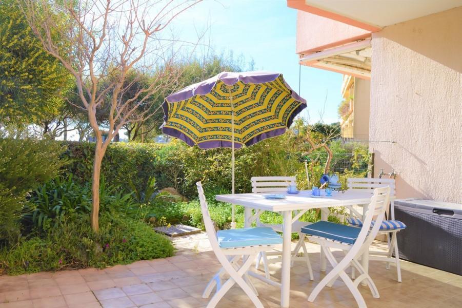 Location vacances Bormes-les-Mimosas -  Appartement - 4 personnes - Four - Photo N° 1