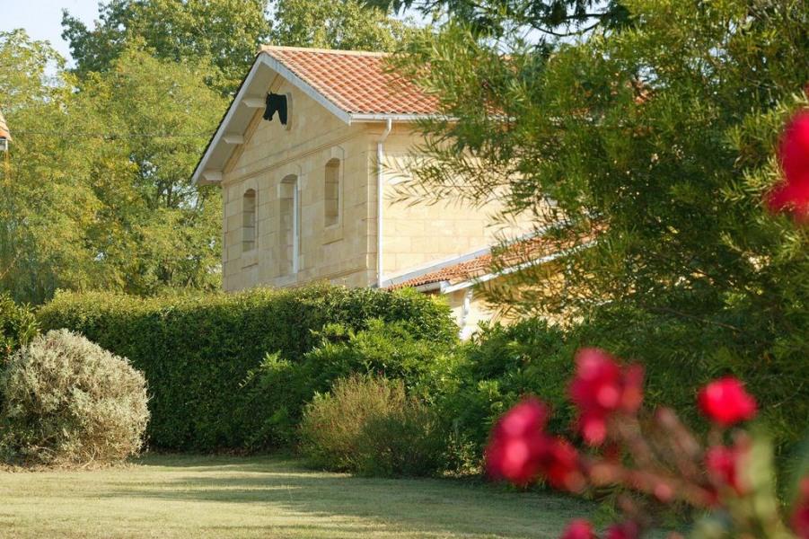 Location vacances Saint-Caprais-de-Bordeaux -  Gite - 4 personnes - Barbecue - Photo N° 1