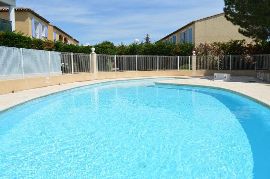 Location vacances Sainte-Maxime -  Appartement - 5 personnes - Jardin - Photo N° 1