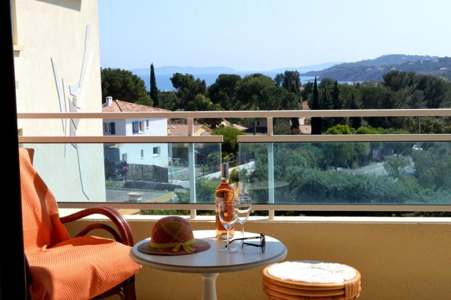 Location vacances Bormes-les-Mimosas -  Appartement - 6 personnes - Lave-linge - Photo N° 1