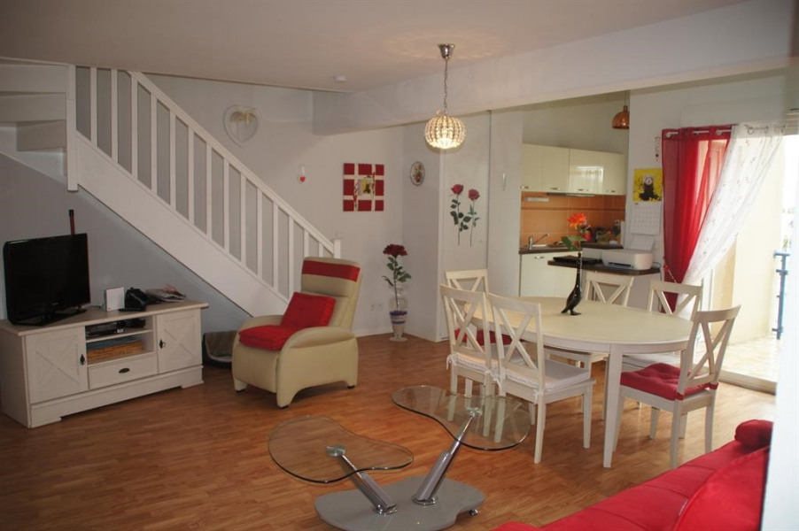 Location vacances Rochefort -  Appartement - 6 personnes - Salon de jardin - Photo N° 1