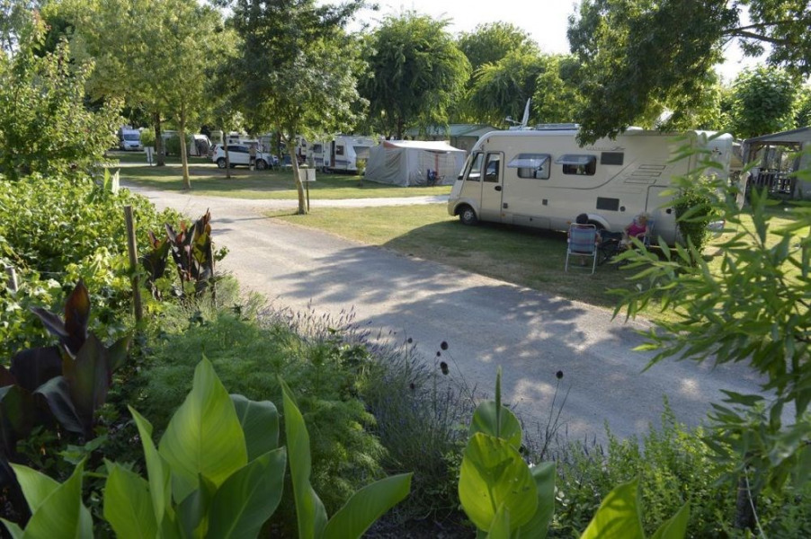 Flower Camping La Venise Verte, 93 emplacements, 27 locatifs
