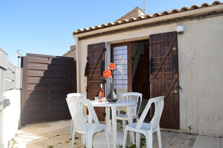 Location vacances Fleury -  Maison - 4 personnes - Lave-linge - Photo N° 1