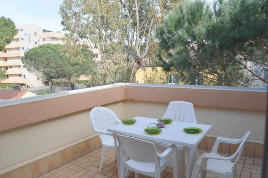 Appartement 2 pièces de 30 m² environ pour 4 personnes située au cœur d'un bois de pins, à 200m de la mer, la Résiden...