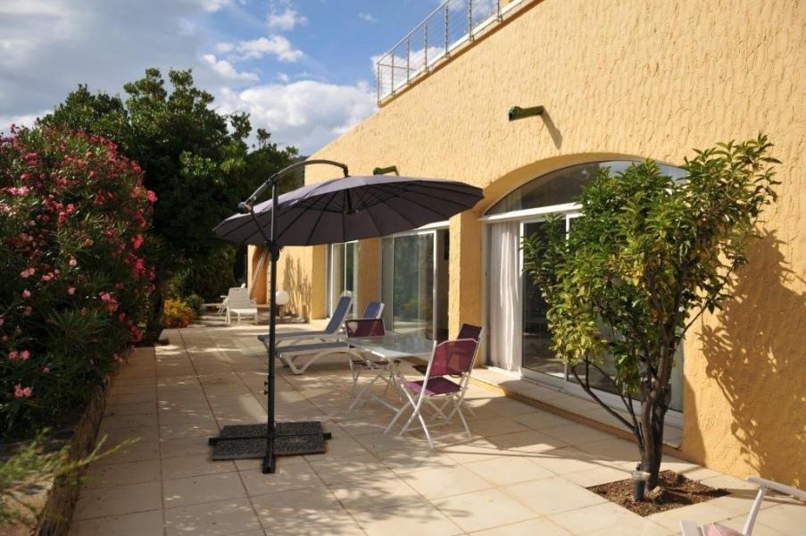 Collioure - Tres bel appartement front de mer ( 4 pers max)