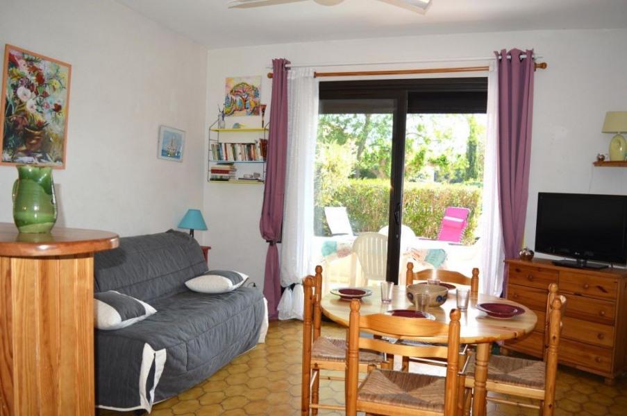 Appartement studio avec cabine de 27 m² environ pour 4 personnes situé à 400 m de la plage et à environ 1400 m du cen...