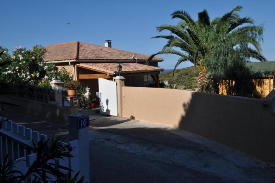 entrée villa DEREANI