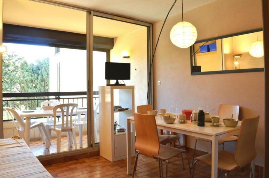 Résidence Les Soleillades - Appartement studio avec cabine de 25 m² environ pour 4 personnes, à 400 m de la mer et à ...
