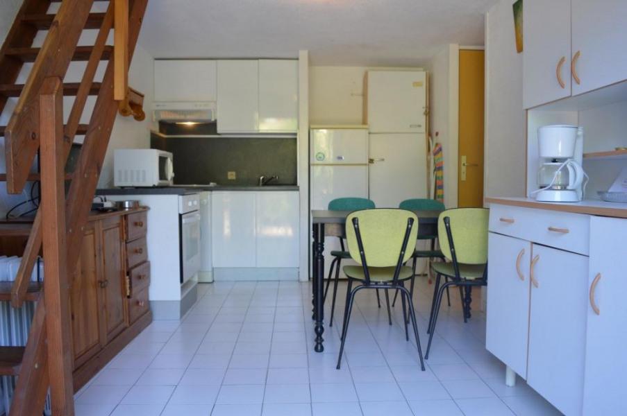 Maison 2 pièces avec mezzanine de 40 m² environ pour 6 personnes situé à 800 m de la mer et du centre de la station, ...