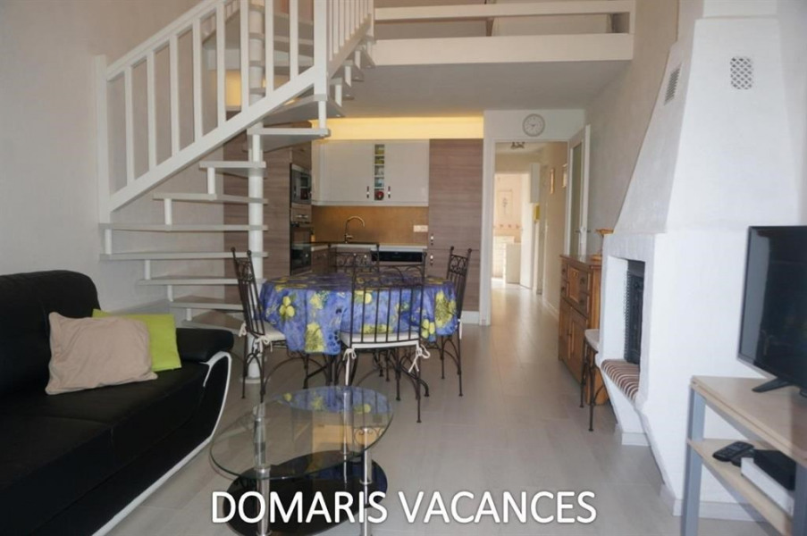 Holiday rentals Fréjus - Apartment - 6 persons - Deck chair - Photo N° 1