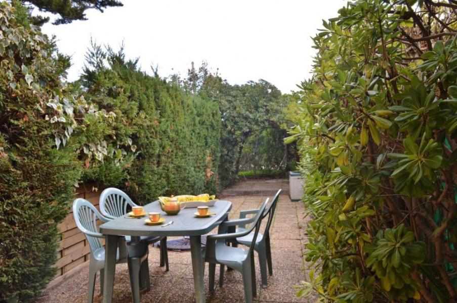 Rez-de-jardin 2 pièces - 26 m² environ - jusqu'à 4 personnes.