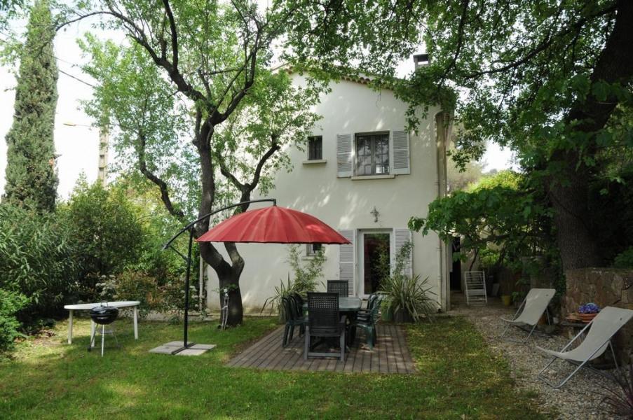 Location vacances La Garde -  Appartement - 4 personnes - Barbecue - Photo N° 1