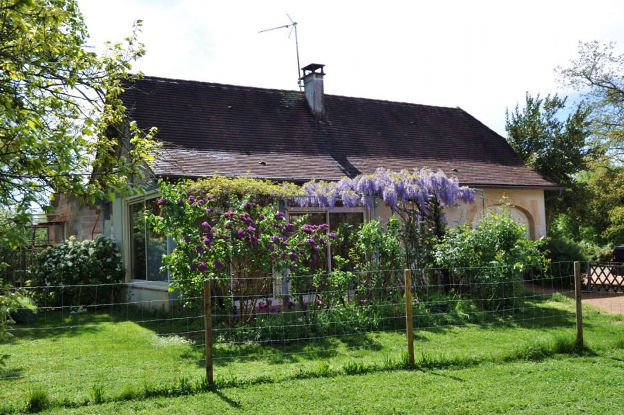 Holiday rentals Loubressac - House - 4 persons - BBQ - Photo N° 1