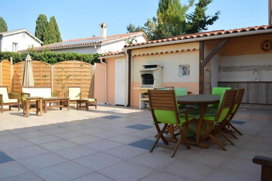 Centre - Maison 3 pièces avec une belle terrasse.
