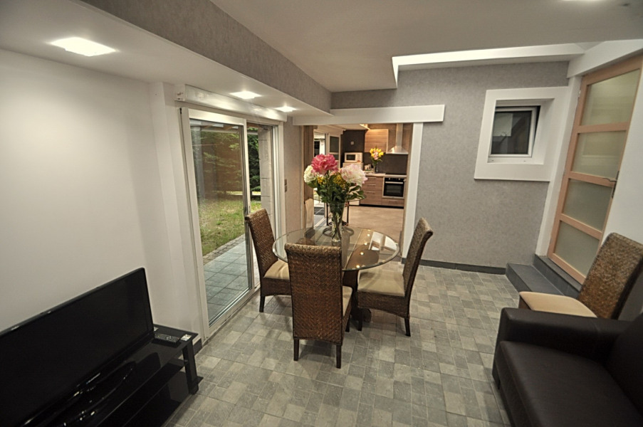 """Superbe appartement F3 55m2 """"modern style """"      + jardin 50m2rénové en 2015 Paris Disney Ch de Gaulle Parc des  Expos"""