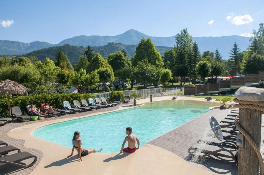 Camping Sites et Paysages Les PRAIRIES, 84 emplacements, 16 locatifs