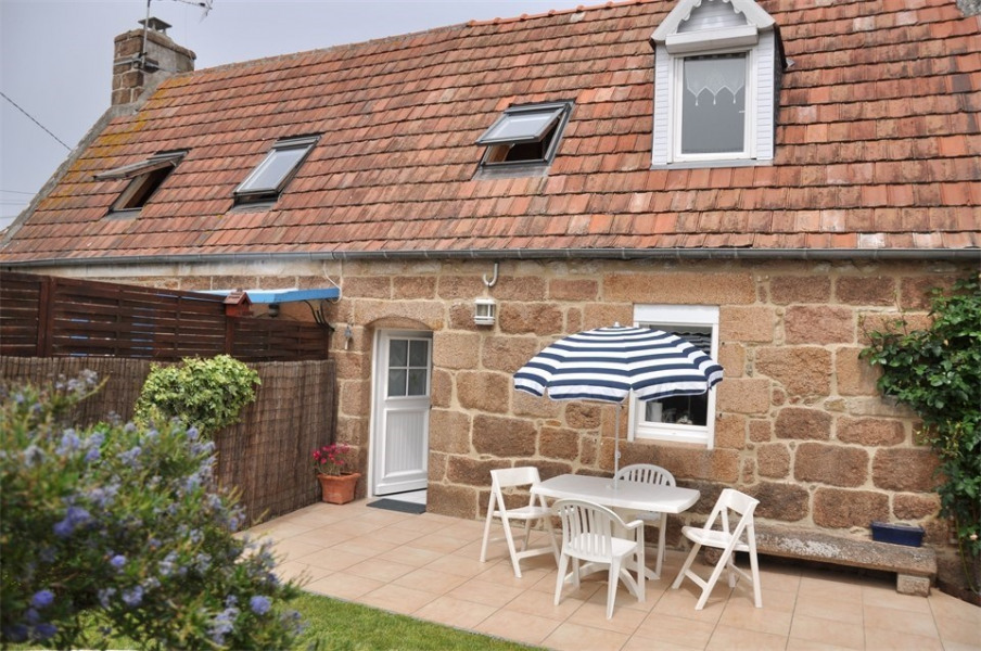Location vacances Perros-Guirec -  Maison - 3 personnes - Jardin - Photo N° 1