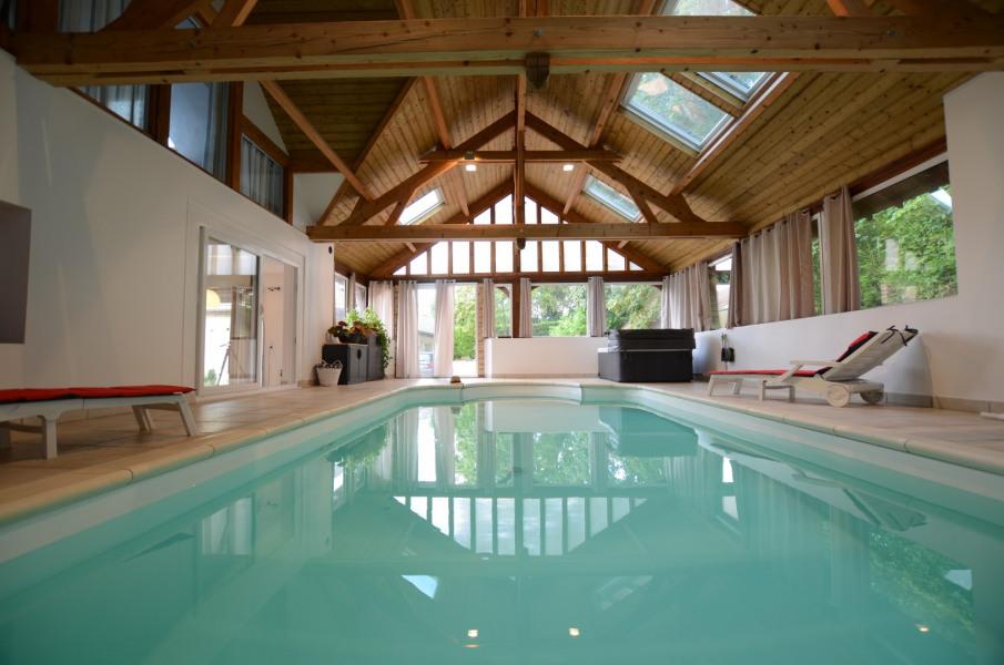 piscine intérieure à 28 °5
