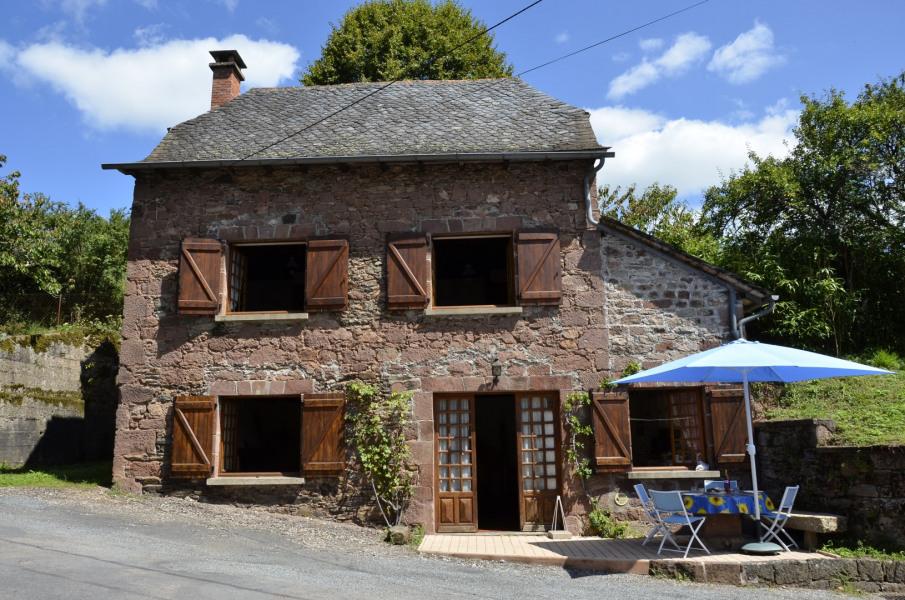 Gîte à Saint-Cyprien-sur-Dourdou, 8 km de Conques, 30 km de Rodez (Aveyron)