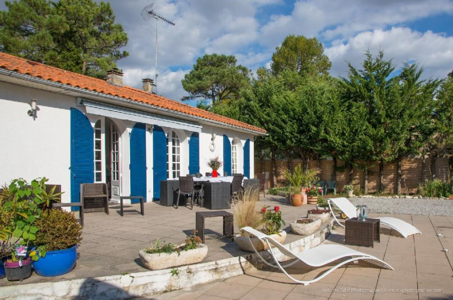 Holiday rentals Longeville-sur-Mer - House - 14 persons - BBQ - Photo N° 1