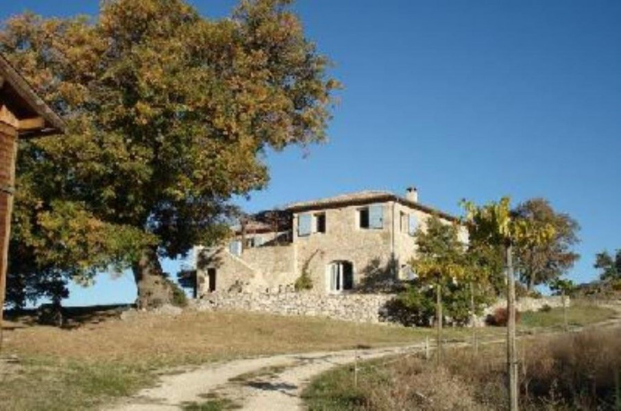 Location vacances Buis-les-Baronnies -  Gite - 6 personnes - Barbecue - Photo N° 1
