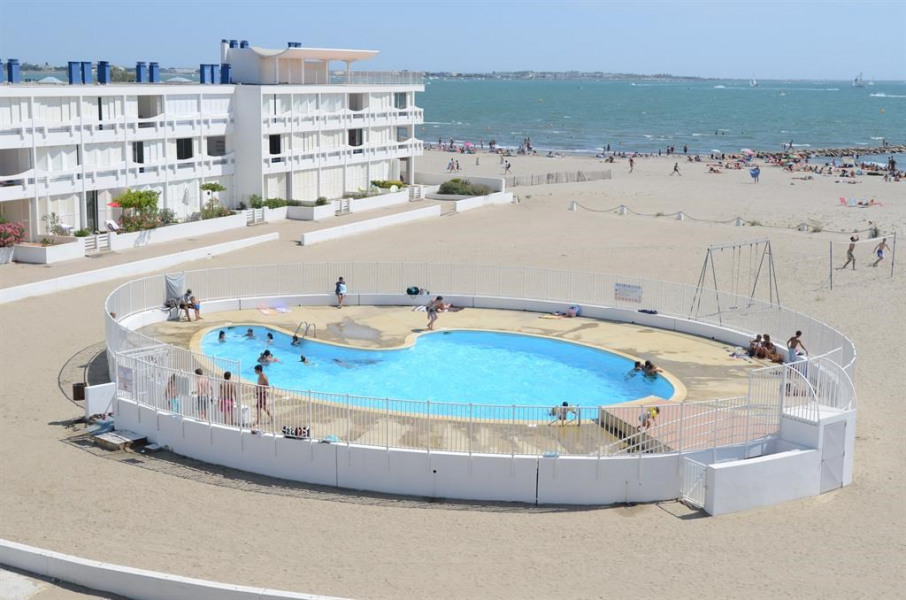 Location vacances Le Grau-du-Roi -  Appartement - 6 personnes - Jeux d'extérieurs - Photo N° 1