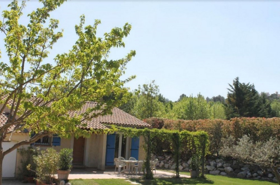 Location vacances Mallemort -  Gite - 6 personnes - Barbecue - Photo N° 1