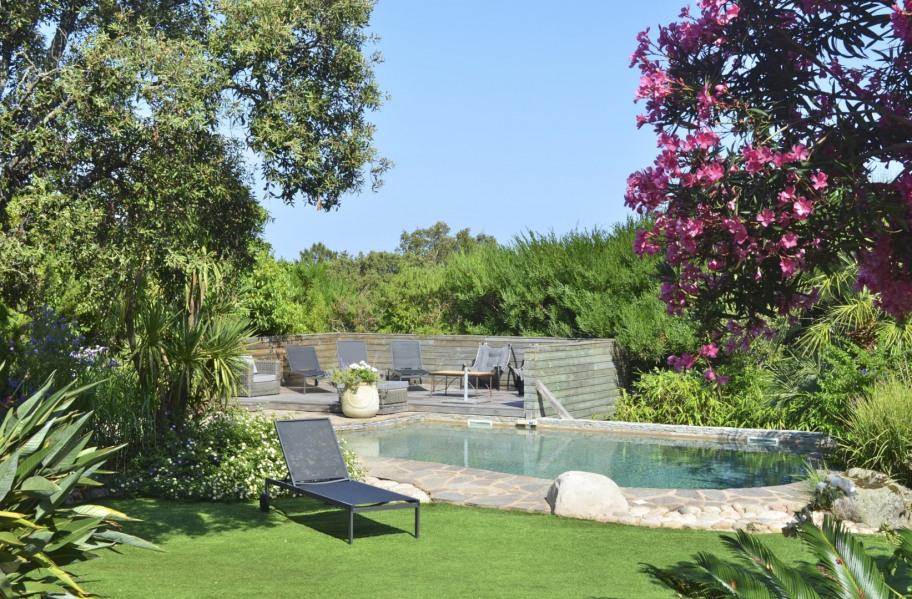 Villa individuelle, climatisée avec Piscine privée, pour 9pers, A Marina di Fiori