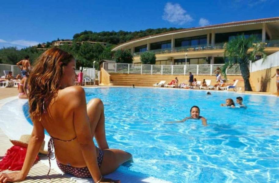 Village Club dans le Golf de Saint Tropez, Côte d'Azur, plage et soleil!