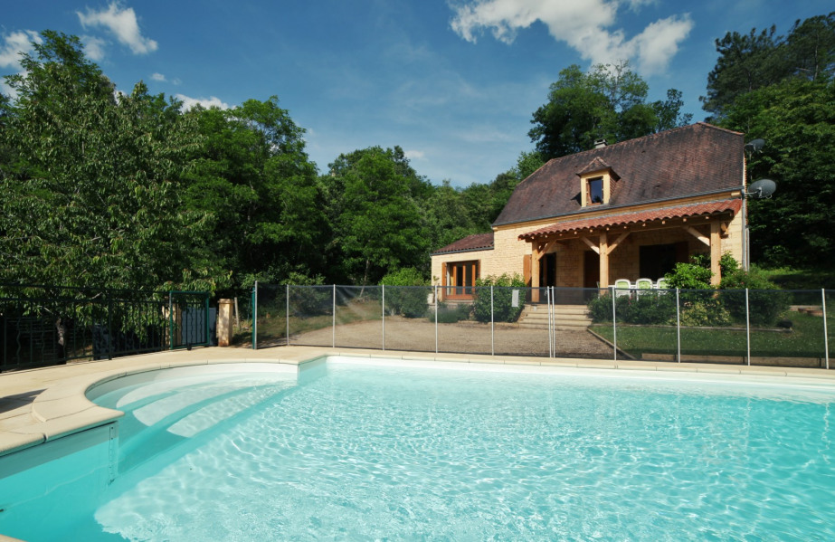 Location vacances Carsac-Aillac -  Maison - 9 personnes - Barbecue - Photo N° 1