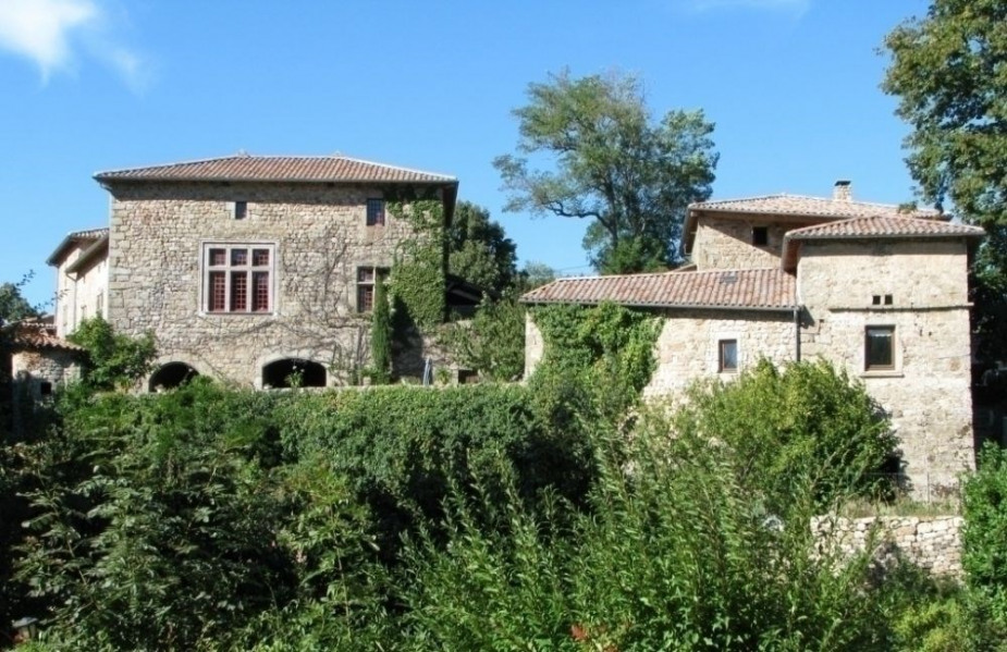 Gîtes de France Le Château de Grozon