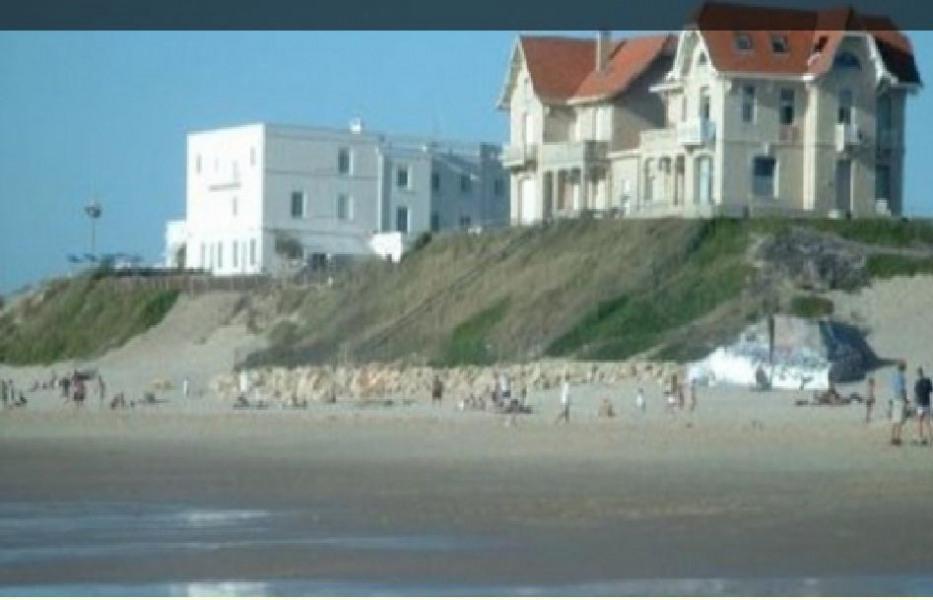 appartement dans maison arcachonnaise en front de mer