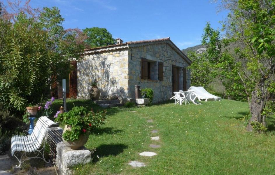 Location vacances Tourrette-Levens -  Gite - 2 personnes - Jardin - Photo N° 1
