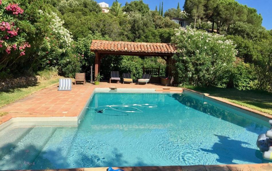 piscine carrelée chauffée 10mX5m
