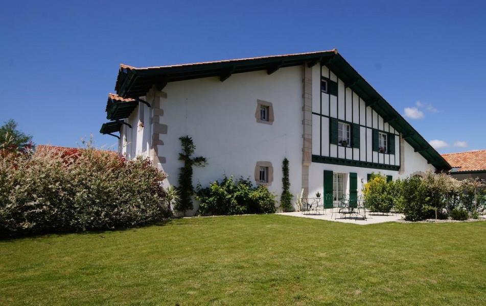 Location vacances Arcangues -  Chambre d'hôtes - 2 personnes - Télévision - Photo N° 1