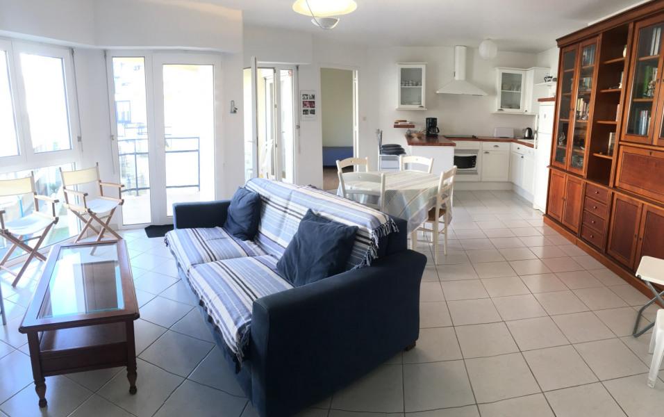 Location vacances Plougonvelin -  Appartement - 5 personnes - Salon de jardin - Photo N° 1