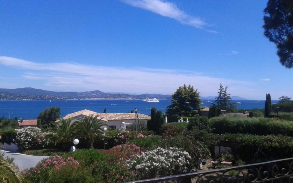 Gîtes de France Haut villa vue baie St Tropez