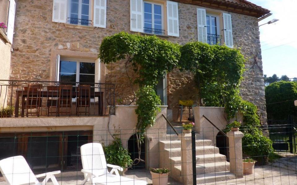 Gîtes de France La Maison de Pépé à Rougiers.